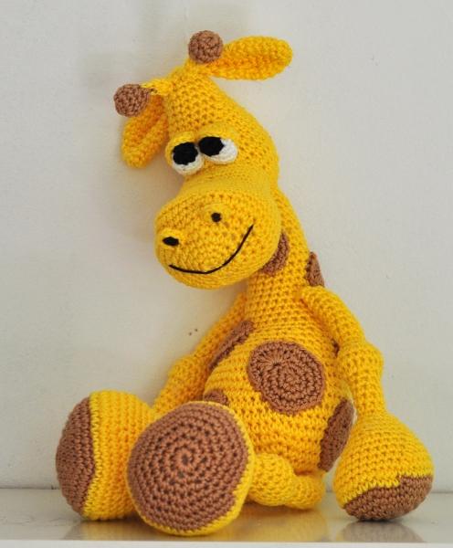 Kunterbunte Häkeltiere - - Häkelanleitung, DIY – Giraffe Gerry ...