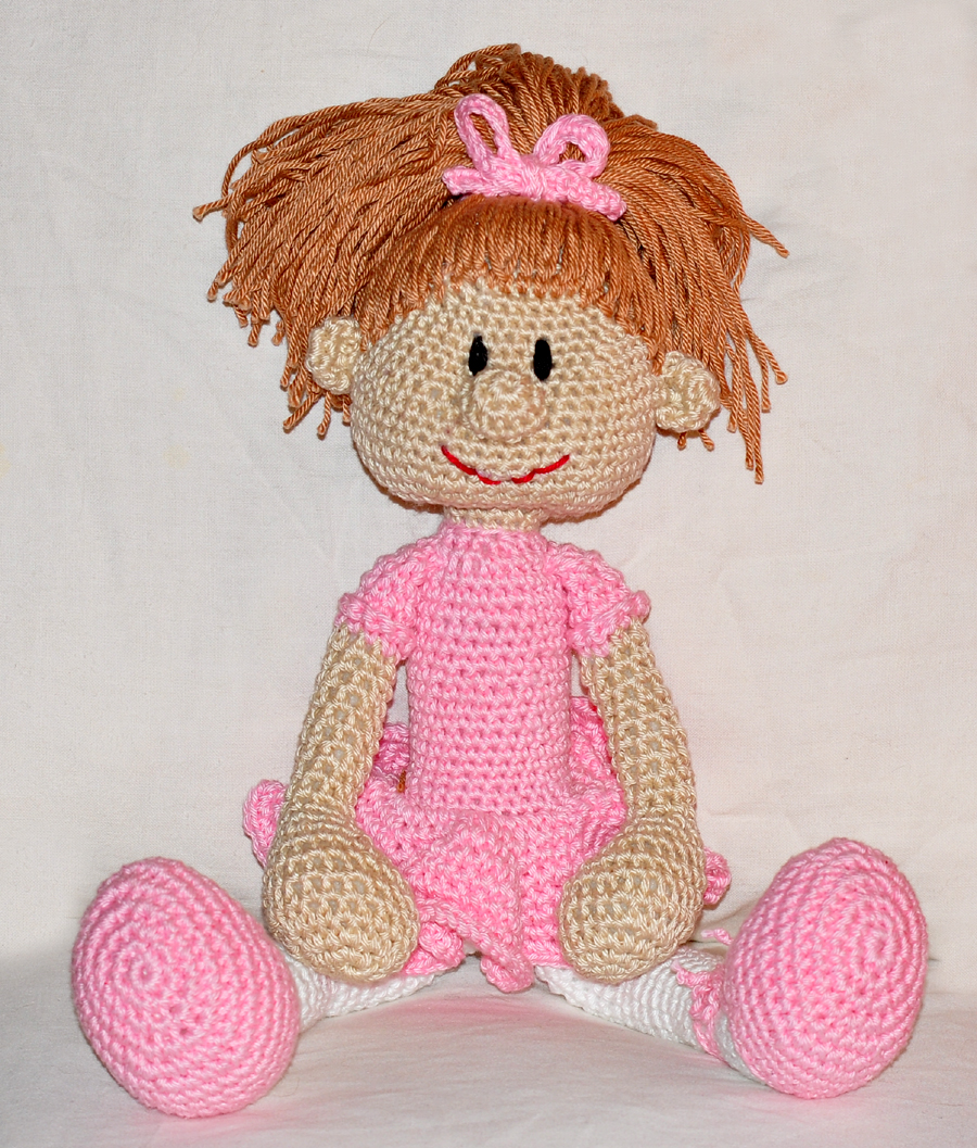 Ravelry: Amigurumi Ballerina Doll pattern by Tiny Mini Design | 1057x900