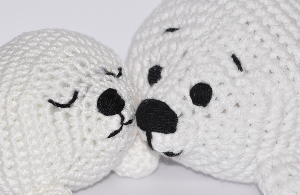 amigurumi seal plush - kawaii crochet from mohustore on Etsy | 650x1000