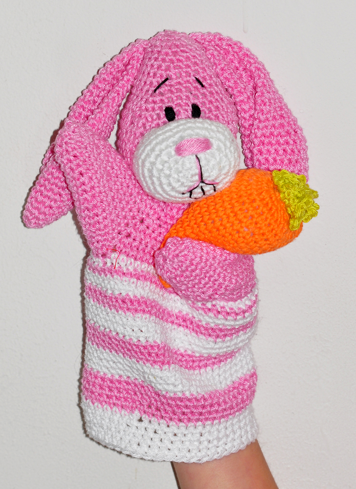 Classic Amigurumi Bunny Crochet Pattern - Once Upon a Cheerio | 1000x728